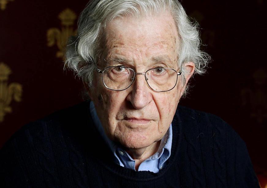 Chomsky, aos 90 anos, o mais jovem socialista intelectualmente das américas.